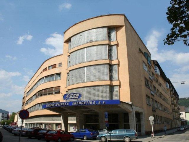 7707f4bc7 Budova elektrární - tikzilina.eu